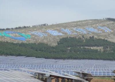 Planta Fotovoltaica con seguidores solares, China. 20 Mw.